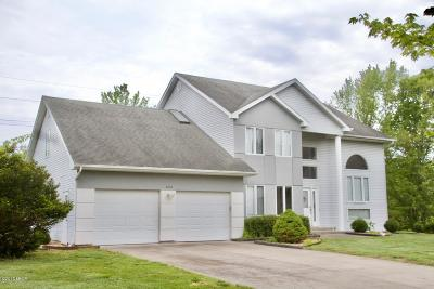 Carbondale Single Family Home For Sale: 3204 Foxberry Circle