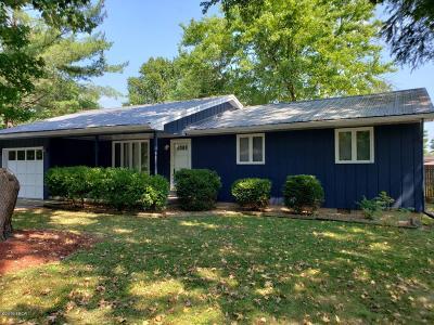 West Frankfort Single Family Home For Sale: 714 N Franklin Street