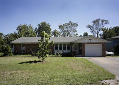 Jackson County, Williamson County Single Family Home For Sale: 1011 Roberta Drive