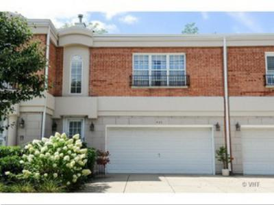 Condo/Townhouse Sold: 439 Townplace Circle #439