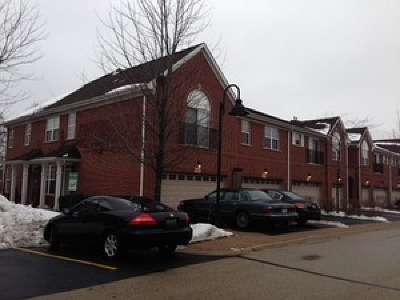 Northbrook Condo/Townhouse Contingent: 985 Enfield Drive #985