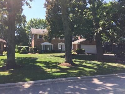 Darien Single Family Home For Sale: 1609 Royal Oak Road