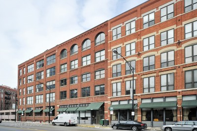Condo/Townhouse For Sale: 420 West Grand Avenue #1A