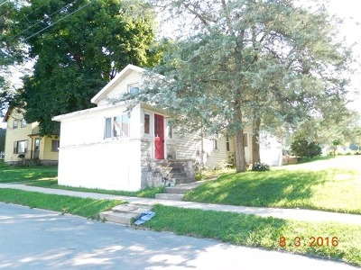 Carpentersville Single Family Home Price Change: 50 North Wisconsin Street