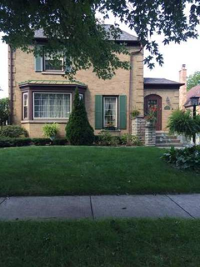 Evergreen Park Single Family Home For Sale: 9714 South Avers Avenue