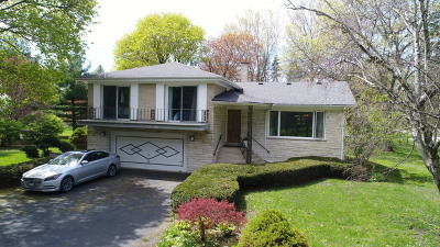 Downers Grove Single Family Home For Sale: 1121 Woodcrest Drive