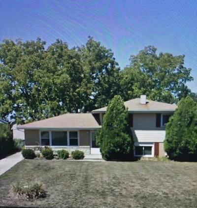 Bartlett Single Family Home Contingent: 1004 Valewood Road