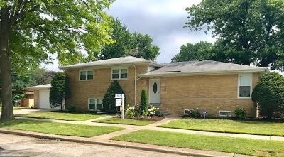 Skokie Single Family Home For Sale: 4555 Brummel Street