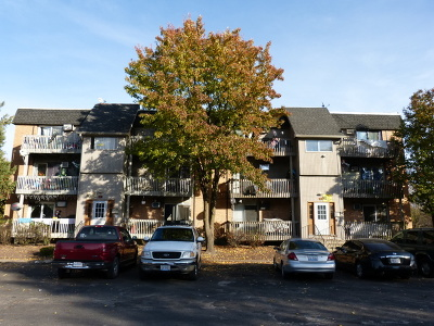 Aurora Multi Family Home For Sale: 557 Ashland Avenue