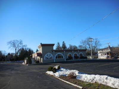Lombard Commercial For Sale: 667 West Roosevelt Road #1