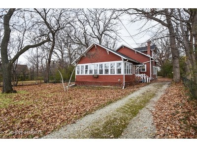 Lake Zurich Single Family Home For Sale: 634 North Old Rand Road