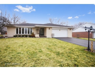 Palos Heights Single Family Home For Sale: 7514 West Pottawatomi Drive