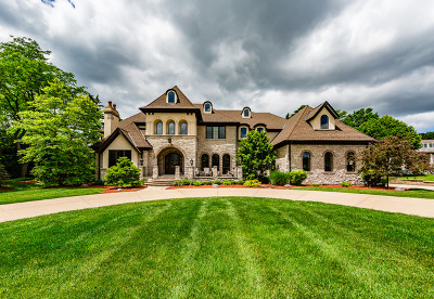 Oak Brook Single Family Home For Sale: 78 Baybrook Lane