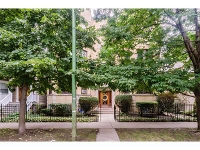 Chicago Condo/Townhouse Contingent: 3312 North Oakley Avenue #2S