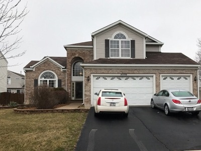 Crest Hill IL Single Family Home For Sale: $244,000