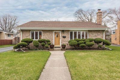 Elmhurst Single Family Home For Sale: 15w452 Grand Place