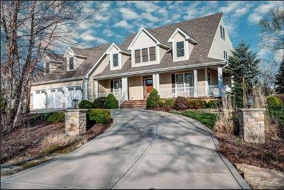 Willowbrook Single Family Home For Sale: 743 67th Place