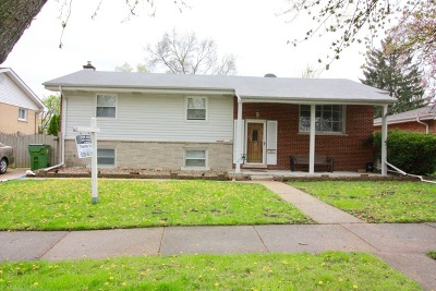Wood Dale IL Single Family Home For Sale: $269,000