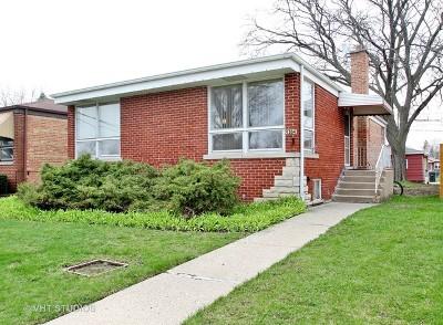 Skokie Single Family Home For Sale: 9304 Lockwood Avenue