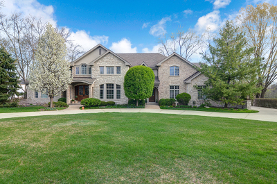 Willowbrook Single Family Home For Sale: 512 Ridgemoor Drive