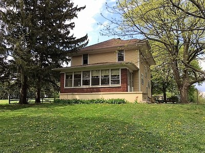 Campton Hills IL Single Family Home Sold: $239,000