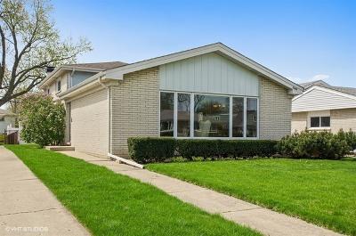 Skokie Single Family Home For Sale: 5243 Monroe Street