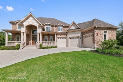 Oak Brook Single Family Home Contingent: 406 Royal Glen Court