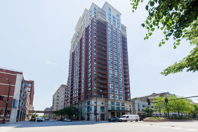 Cook County Condo/Townhouse Re-activated: 1101 South State Street #H400