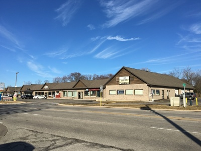 Commercial Lease For Lease: 777 South Milwaukee Avenue North