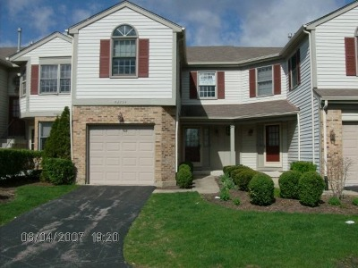 Winfield Condo/Townhouse Contingent: Os754 Emerson Court
