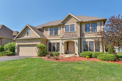 North Aurora Single Family Home For Sale: 515 Prairie Ridge Lane