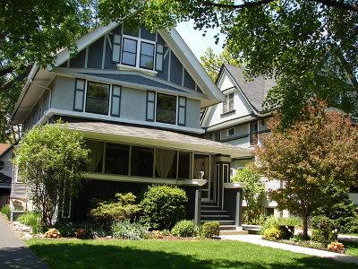 Oak Park Single Family Home For Sale: 309 North Grove Avenue
