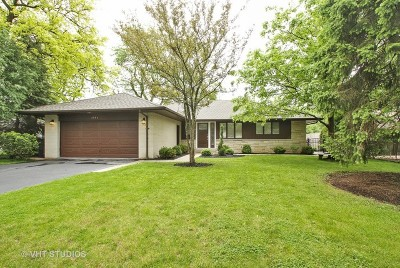 Wilmette Single Family Home For Sale: 3945 Fairway Drive