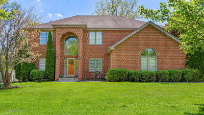 Darien Single Family Home Contingent: 8841 Gleneagles Lane