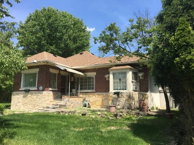 North Riverside Single Family Home For Sale: 8225 30th Street