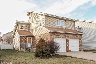 Bensenville Single Family Home Contingent: 576 Spruce Street