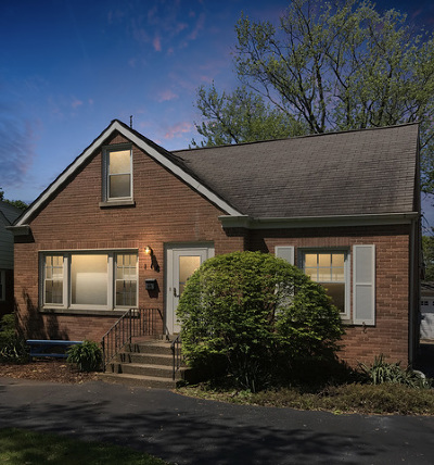 Clarendon Hills Single Family Home For Sale: 116 Indian Drive
