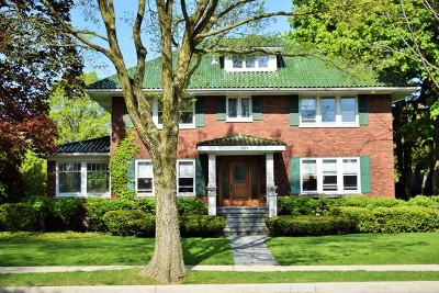 Wilmette Single Family Home Contingent: 1305 Sheridan Road