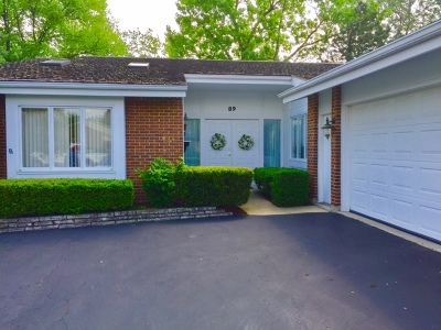 Oak Brook Condo/Townhouse For Sale: 89 Briarwood Circle