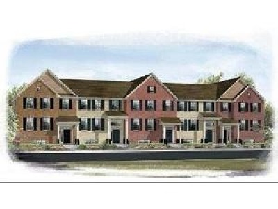 Gilberts Condo/Townhouse Contingent: 413 Town Center Boulevard