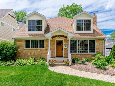 Clarendon Hills Single Family Home Contingent: 134 Woodstock Avenue