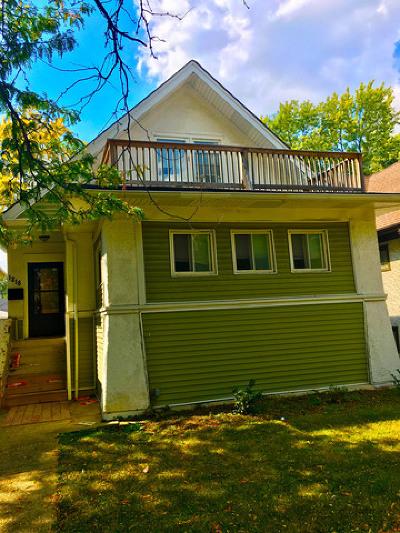 Oak Park Single Family Home Contingent: 1218 North Austin Boulevard