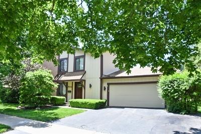 Roselle Single Family Home For Sale: 700 Acadia Court