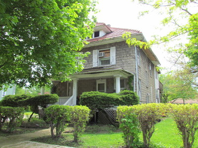 Single Family Home For Sale: 120 East Blair Street