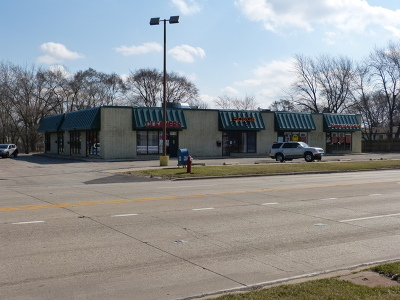 Streamwood Commercial Re-activated: 521 South Bartlett Road