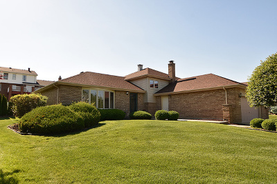 Orland Park Single Family Home Re-activated: 14230 Creek Crossing Drive
