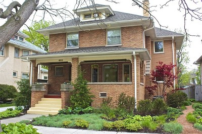 Oak Park Single Family Home Contingent: 630 North Marion Street