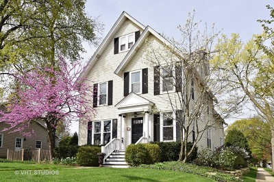 Wheaton Single Family Home For Sale: 520 North West Street