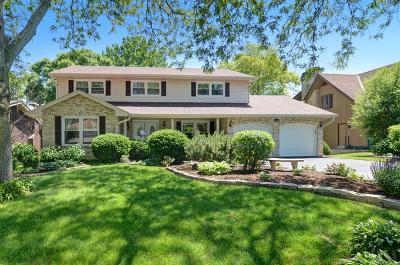 Burr Ridge Single Family Home Contingent: 8461 Clynderven Road