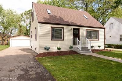 Mount Prospect Single Family Home Contingent: 217 North Elmhurst Avenue